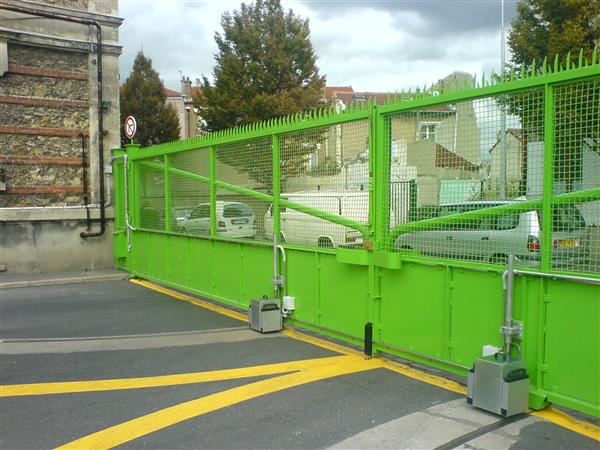 roue motorisée  portail de grande largeur