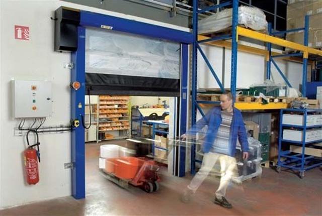 Porte souple rapide enroulement portes souples rapides for Porte a enroulement